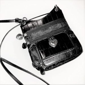 Handbags - Black Crossbody Shoulder Bag ❤ Heart Design